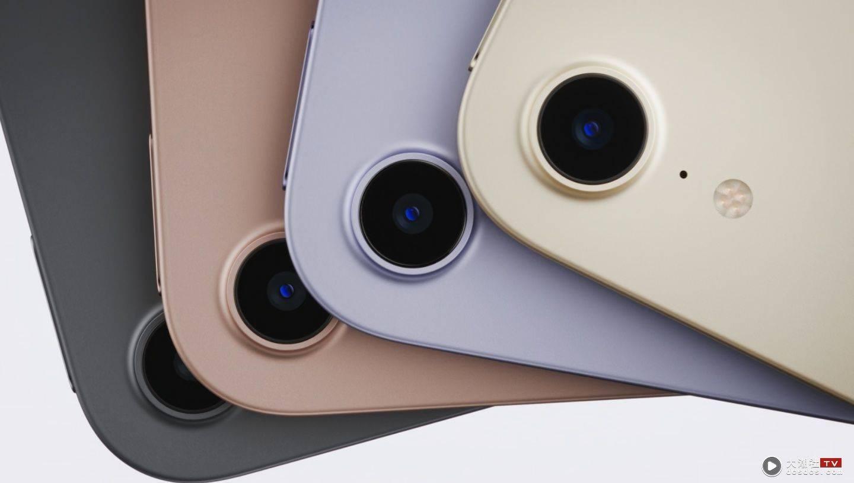 全新的 iPad 9 和 iPad mini 6 登场!前镜头升级到 1200 万画素,规格和效能全面提升!