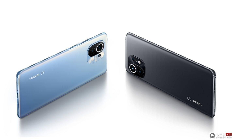小米 12 传闻规格流出!三主镜头有可能皆为 5000 万画素,并搭载高通最新的旗舰级处理器